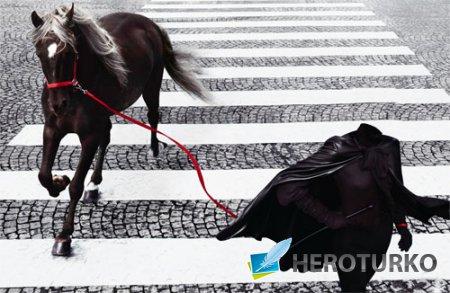 Женский шаблон - Девушка с прекрасной лошадкой в каменных джунглях