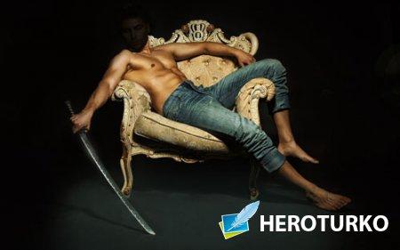Шаблон для фотомонтажа - Мужчина на кресле с мечом в руках