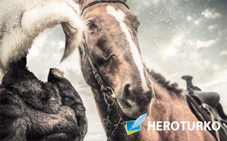 Шаблон для фотошопа - В меховой шапке и шубе с лошадью