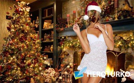 Шаблон для photoshop - Блондинка на кануне Нового года у камина с елкой