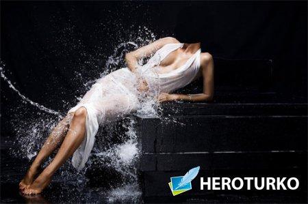 PSD шаблон - В белом платье под брызгами воды