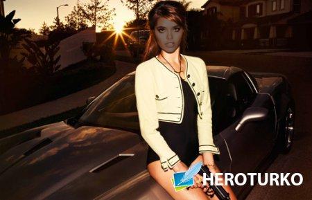 Шаблон женский - Девушка с пистолетом у авто