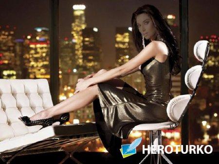 Женский шаблон - Успешная девушка в вечернем городе