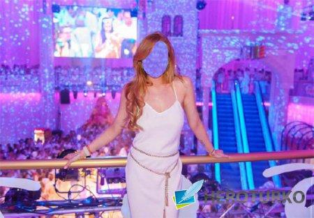 Женский шаблон - В белом платье в клубе