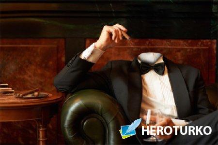 Мужской фото шаблон - В кресле с сигарой и коньяком